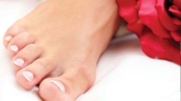 Пройти процедуру лазерного лечения онихомикоза на руках и ногах в Днепре